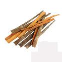 Crushed or ground cinnamon and cinnamon-tree flowers